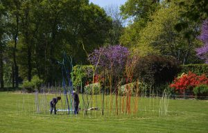 """Le moulin chromatique, """"Jardin des Arts"""", Châteaubourg, © les Fujak 2017"""